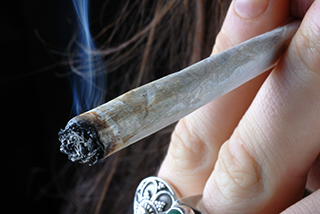 personsmokingjoint_article